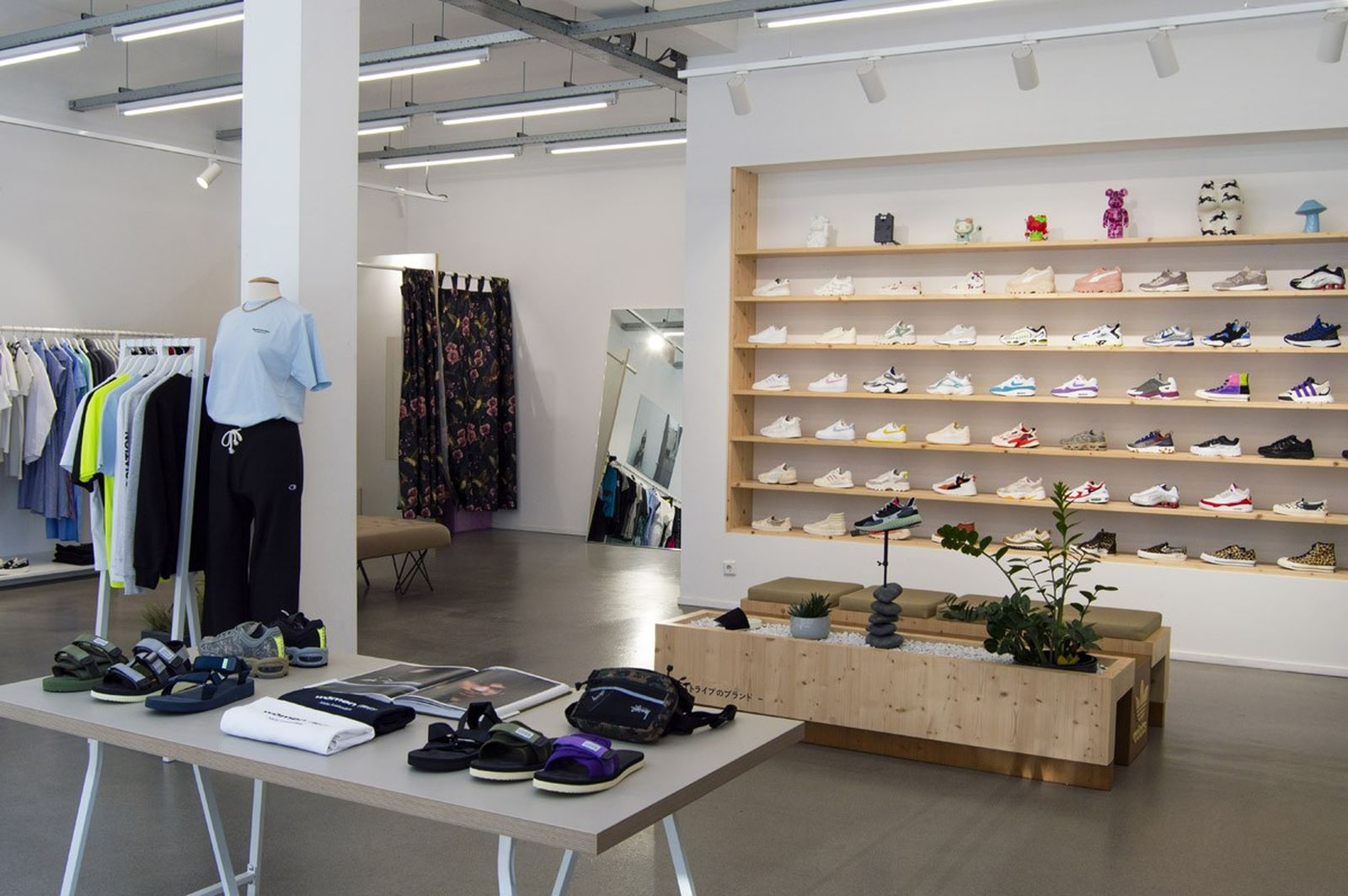 women-owned-sneaker-stores-26