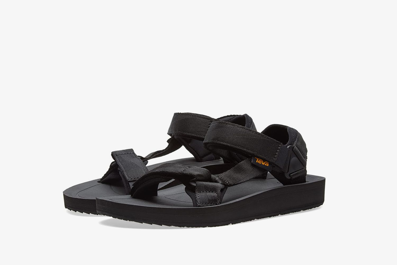 Universal Premier Sandal