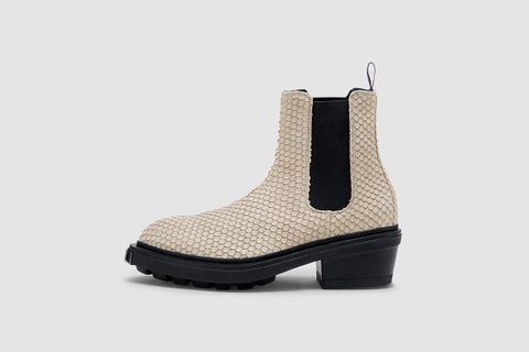 Pointy Toed Chelsea Boot