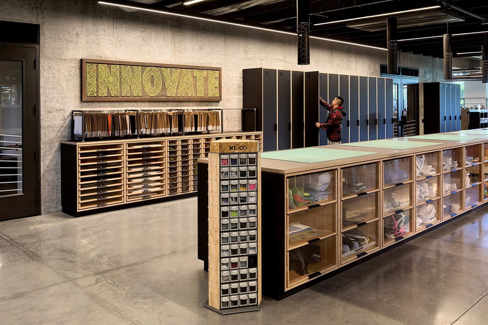 nike-lebron-james-innovation-center- (13)