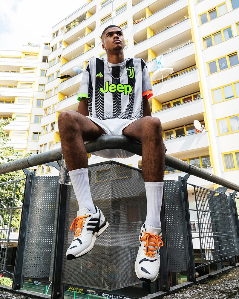 The Juventus ZX 6000 Sets the Bar for Football Sneaker Collaborations 7