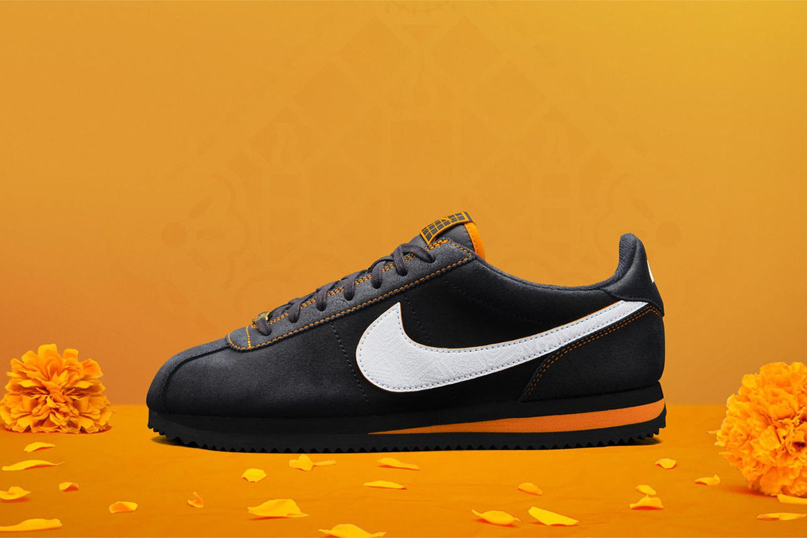 Nike Cortez El Altar
