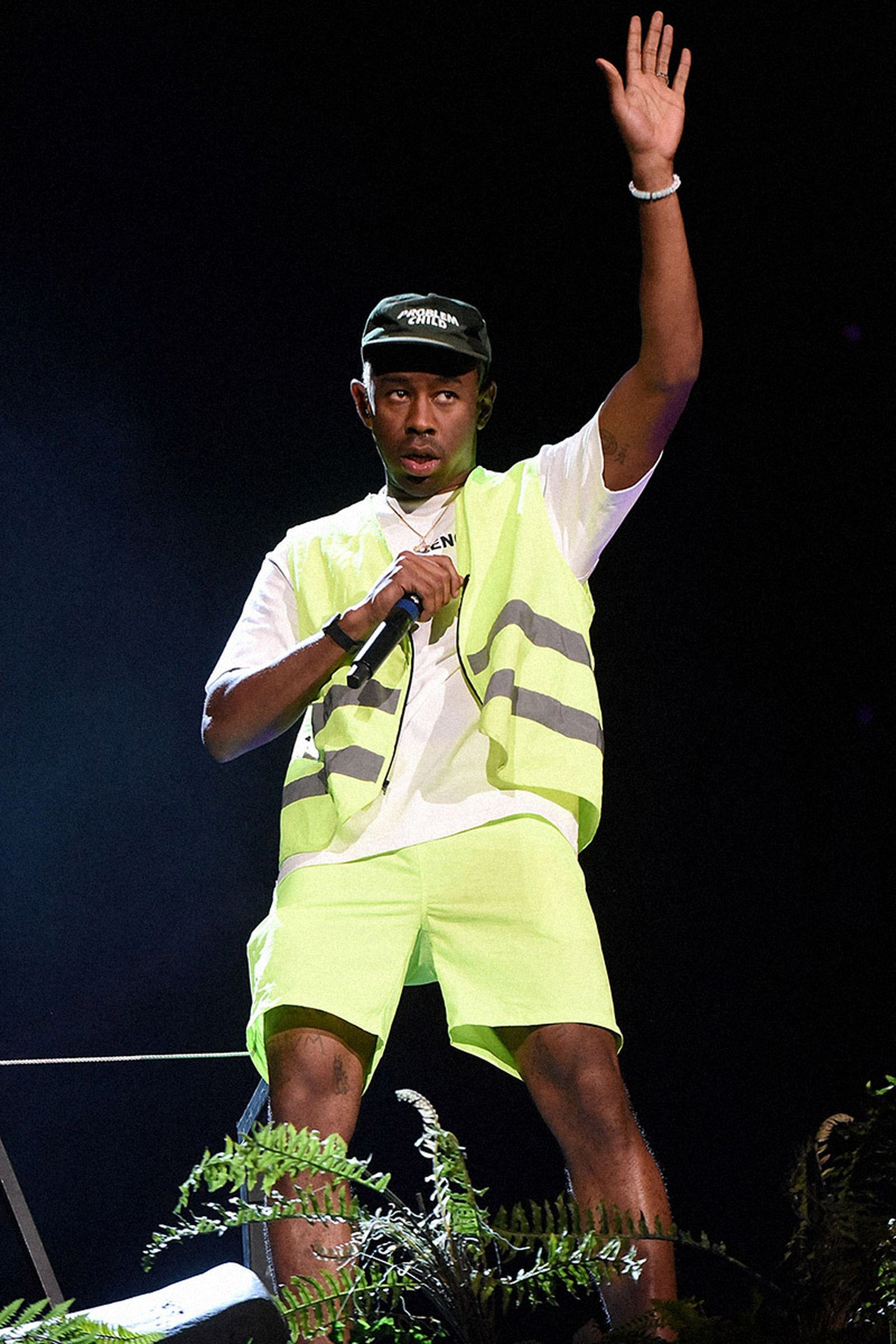 how-to-wear-shorts-like-tyler-the-creator-01