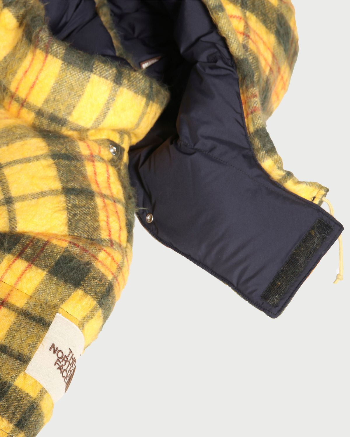 The North Face Brown Label — Down Parka Summit Gold Heritage Unisex - Image 4