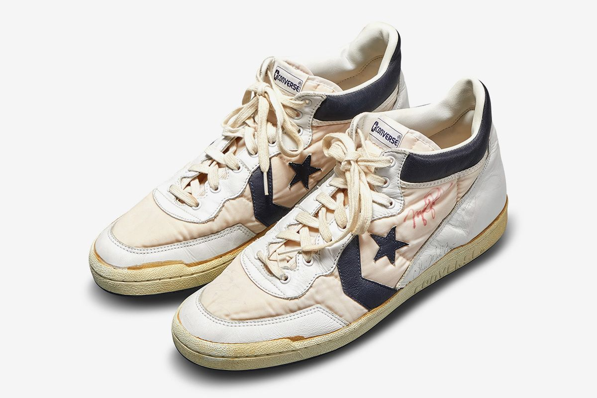 bill bowerman track spikes sothebys olympic auction 05