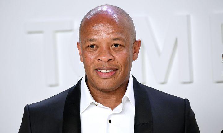 Dr. Dre suit