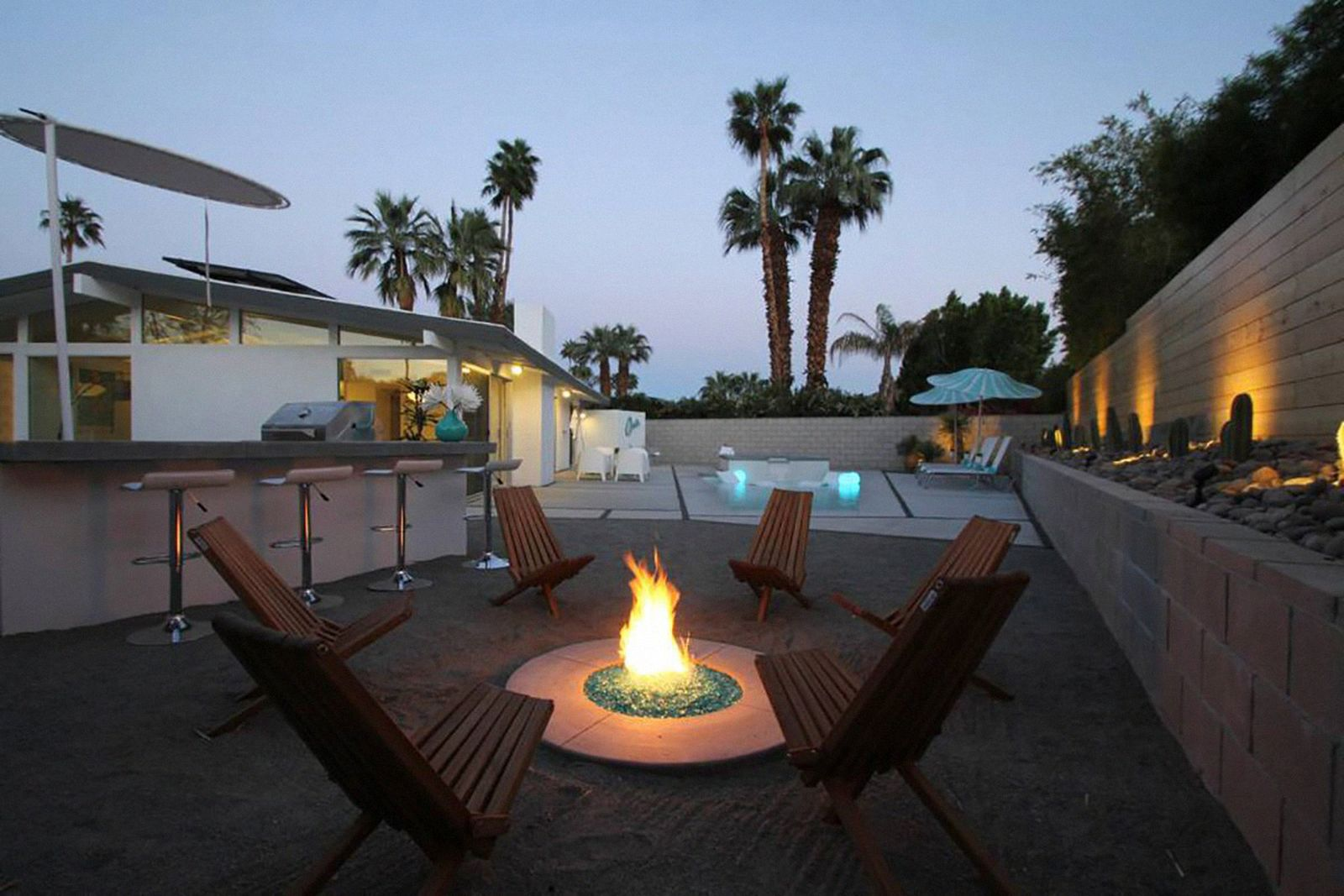 coachella 2019 x best places stay The Blue Oasis airbnb palm springs