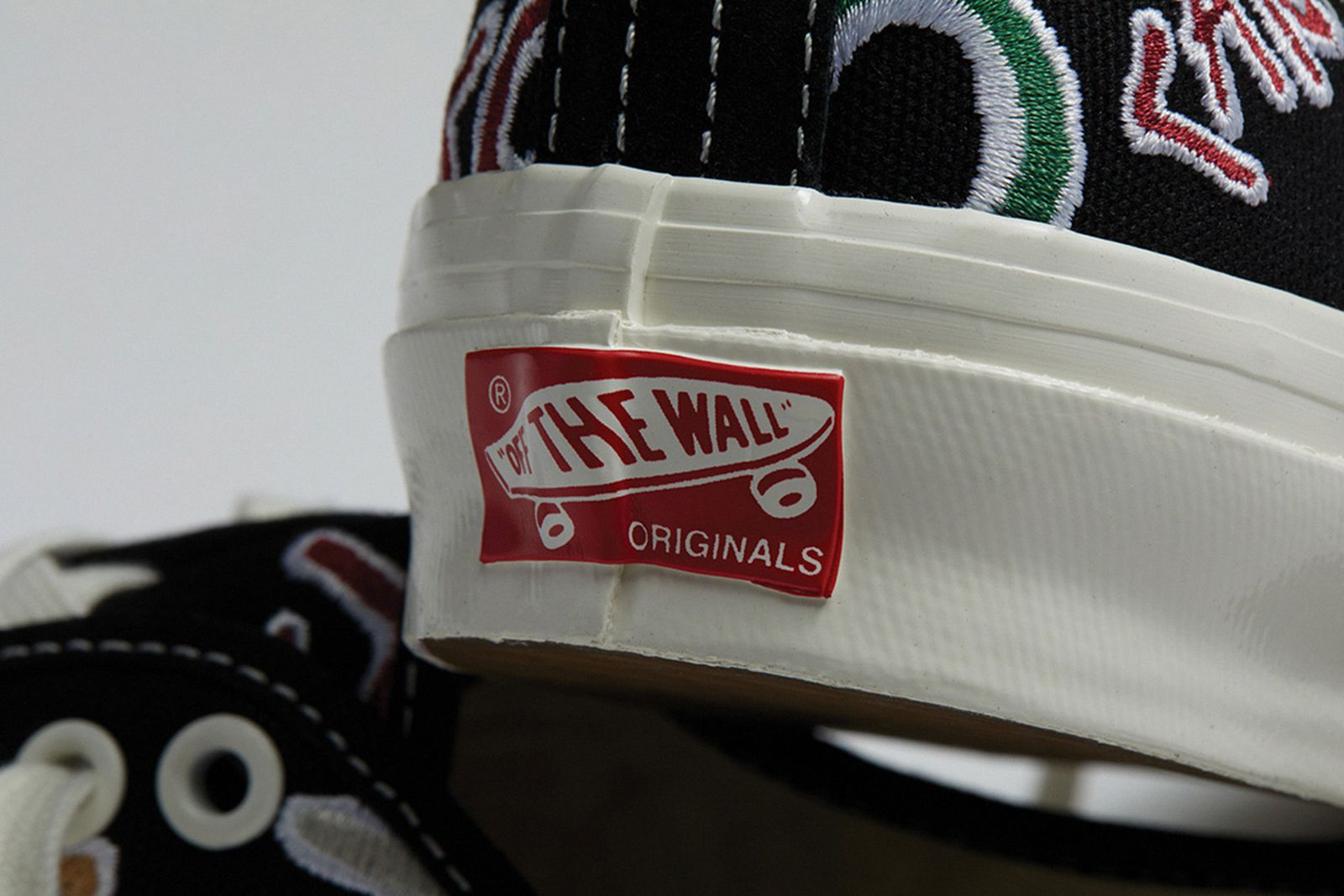 vans-og-authentic-lx-zodiac-release-date-price-05