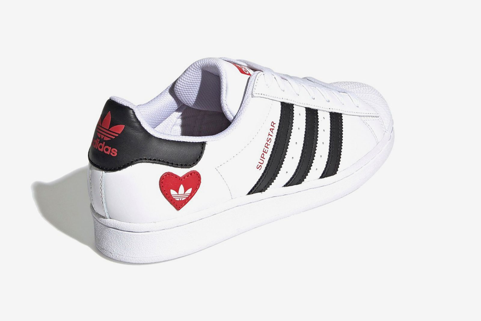 best-valentines-day-sneakers-04