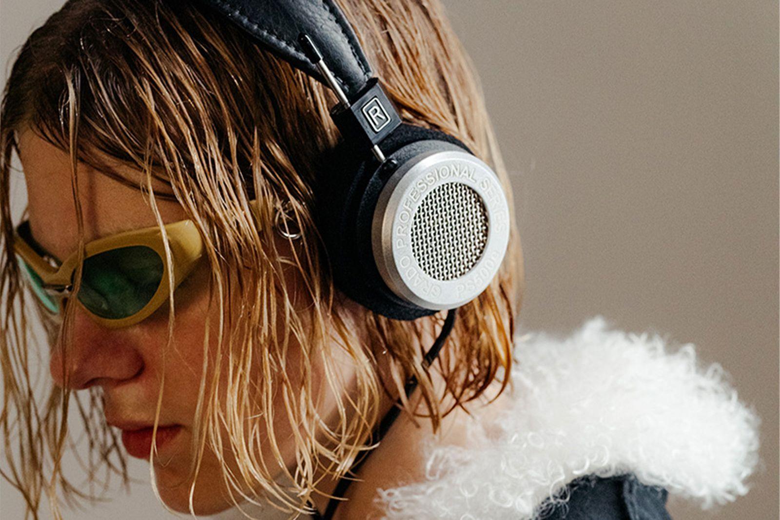 7 Of The Best Over Ear Headphones To Buy In 2020