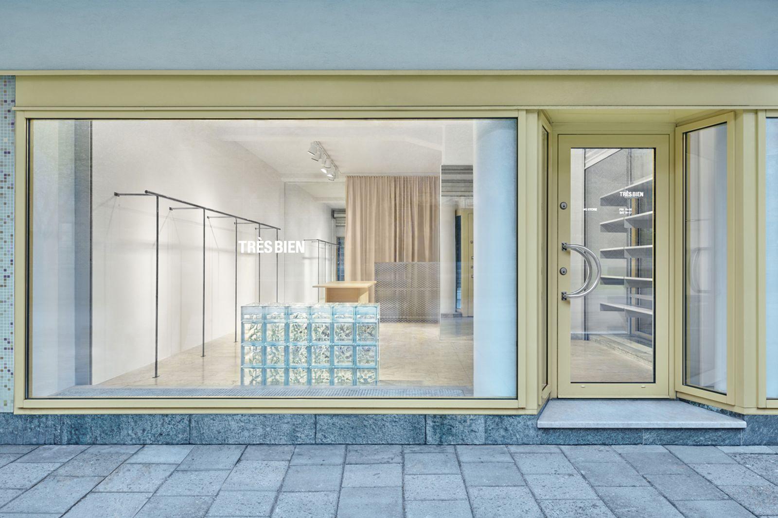 Tres Bien Store