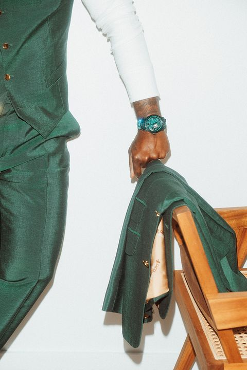 JBW's Limited Edition Emerald Watch Is the Diamond Watch for the People