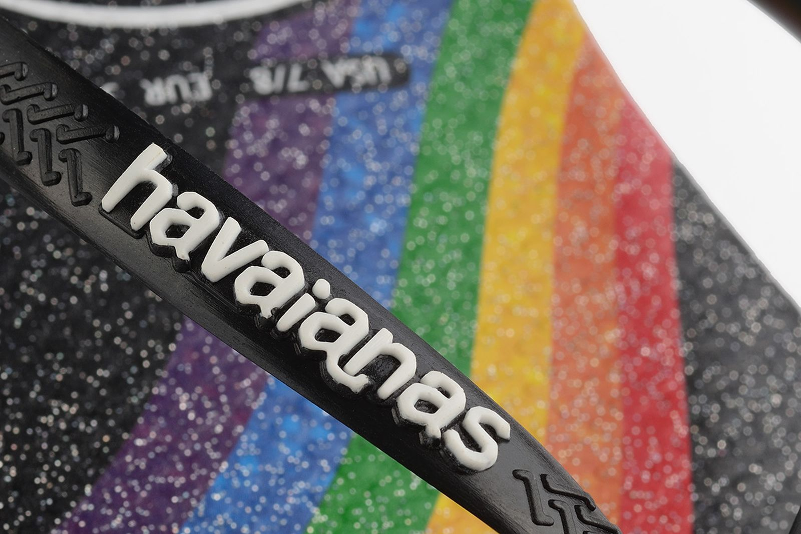 havaianas-pride-all-out-06