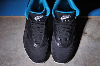 a8d49a6e80be1 Nike Air Max 1 Mid FB