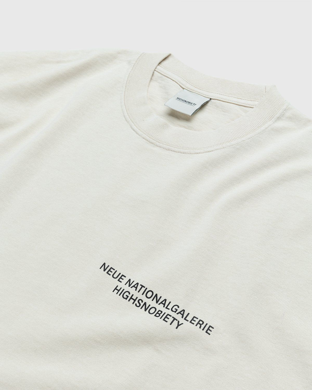 Highsnobiety x Neue National Galerie – T-Shirt Eggshell - Image 3