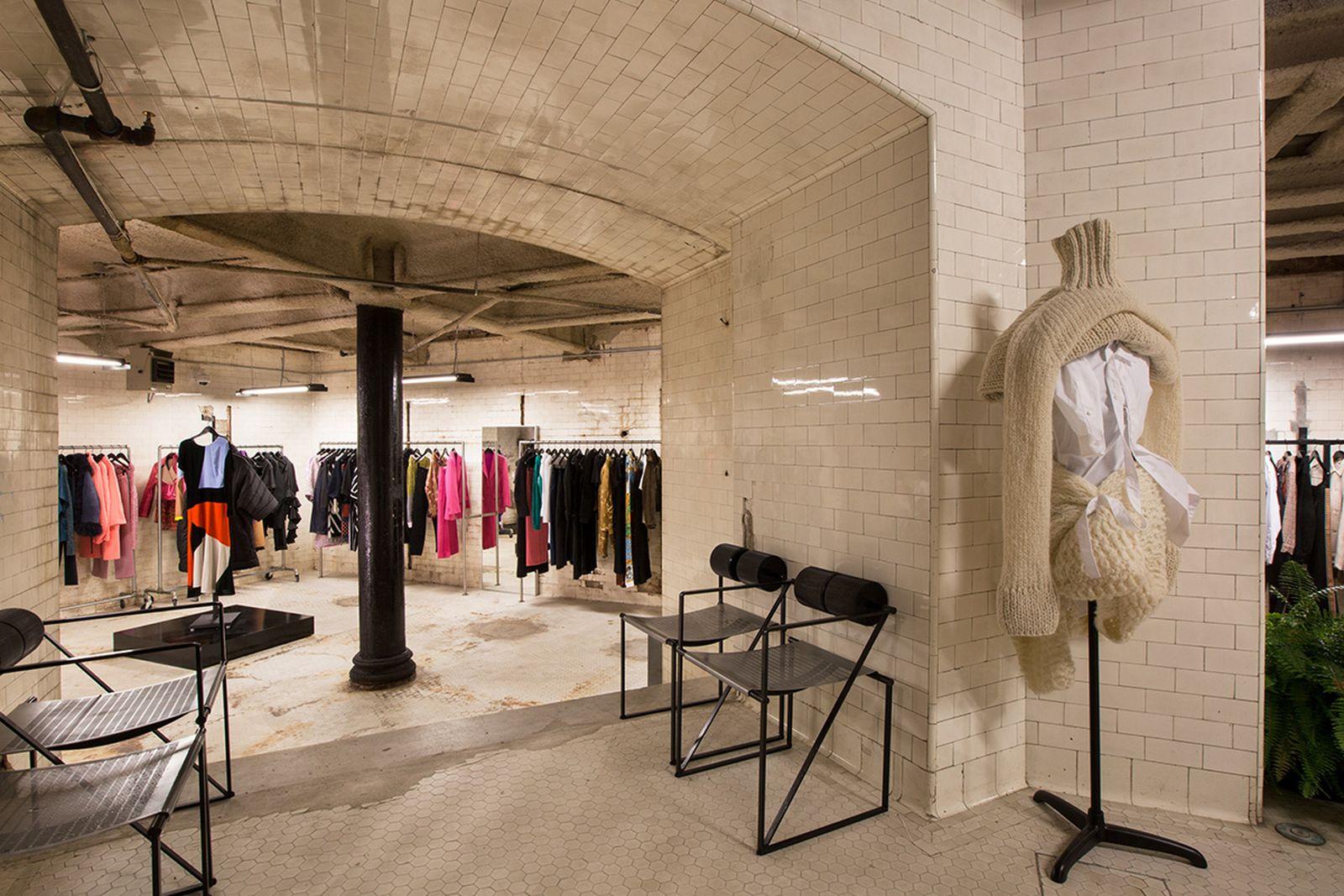 Totokaelo NYC Clothing Stores AMEX american express platinum fashion