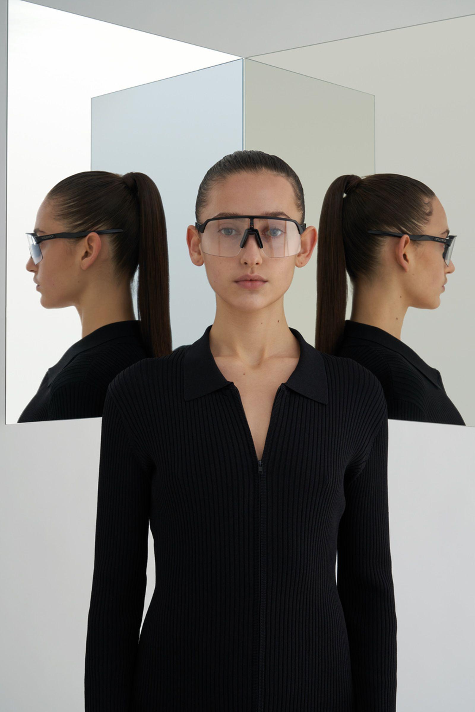 highsnobiety-oakley-sutro-lite-sunglasses-buy-04
