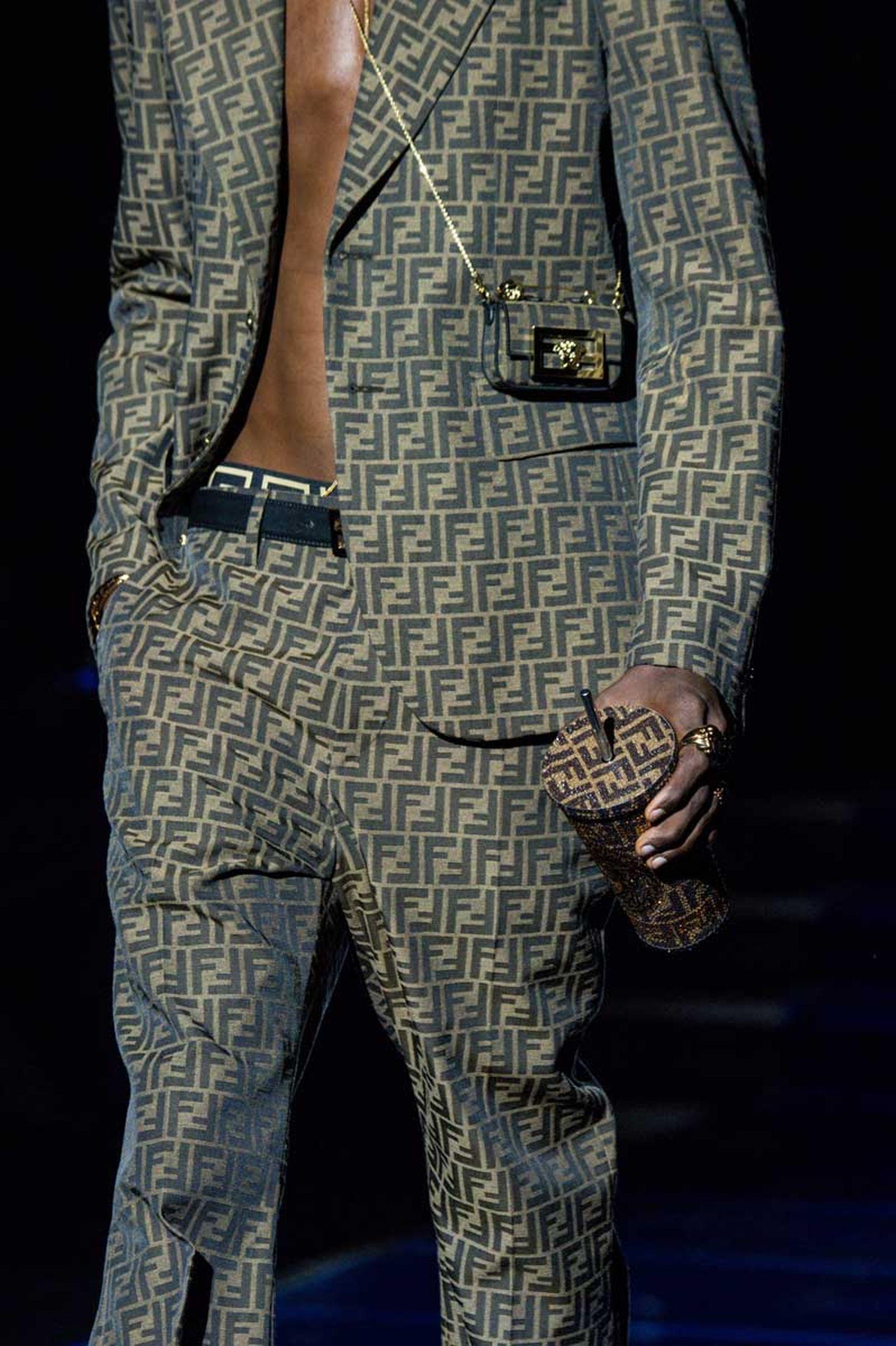 versace-fendi-collab--(23)