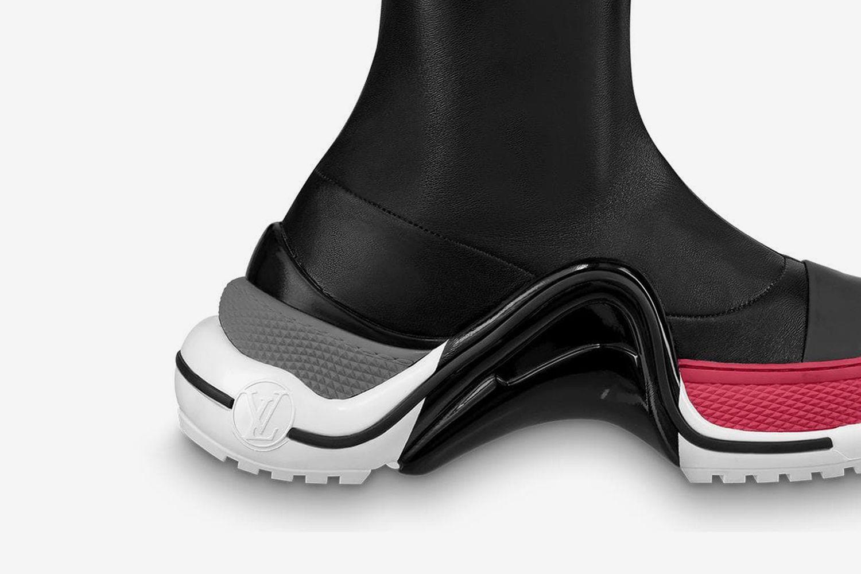 Archlight Flat Thigh Boot