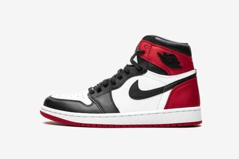 Wmns Air Jordan 1 High 'Satin Black Toe'