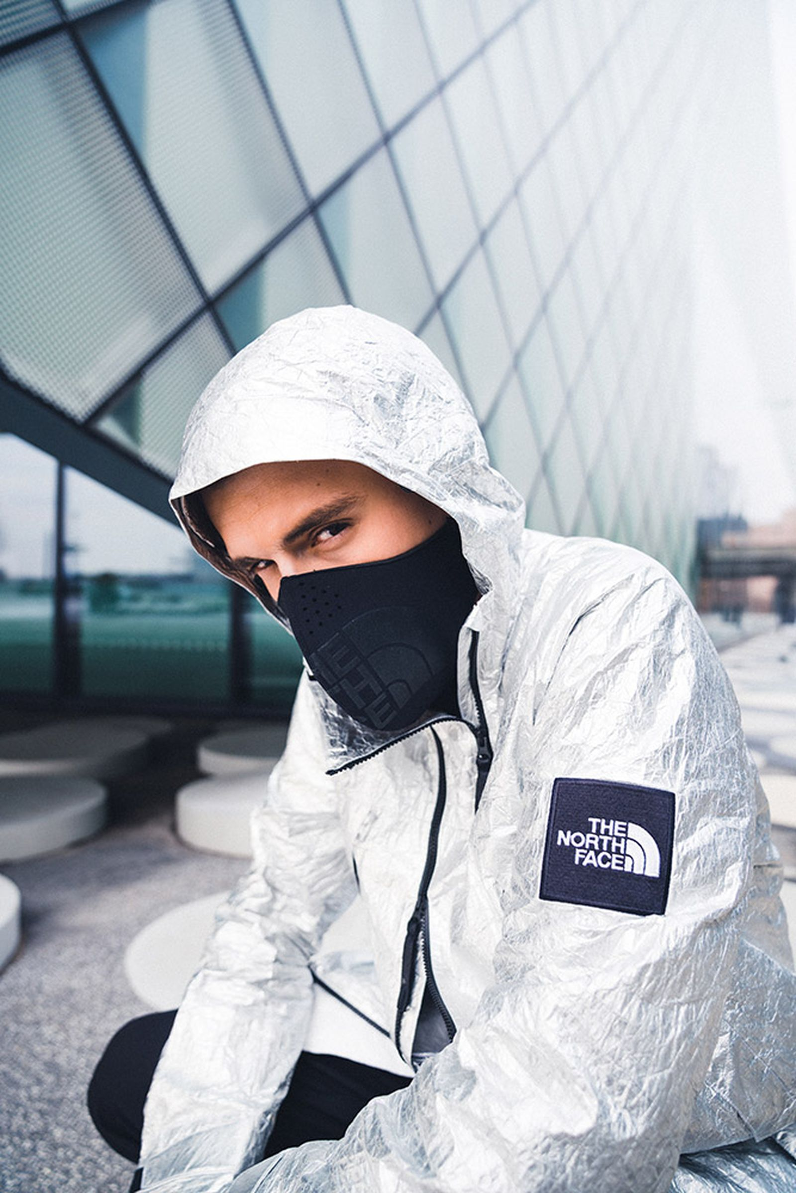 the-north-face-black-series-tyvek-aluminium-collection-09