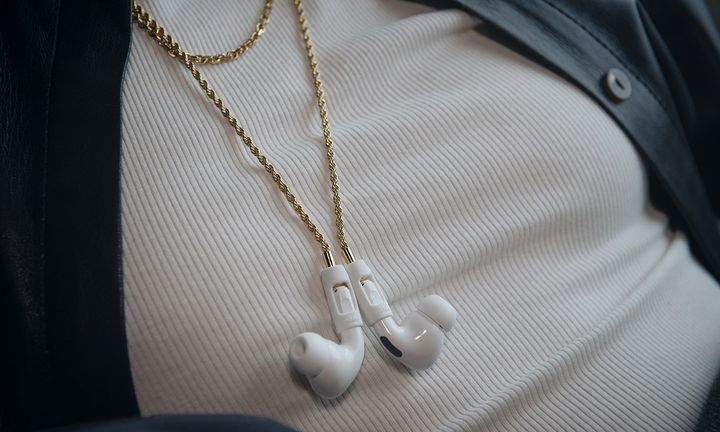 Tapper AirPods Chain