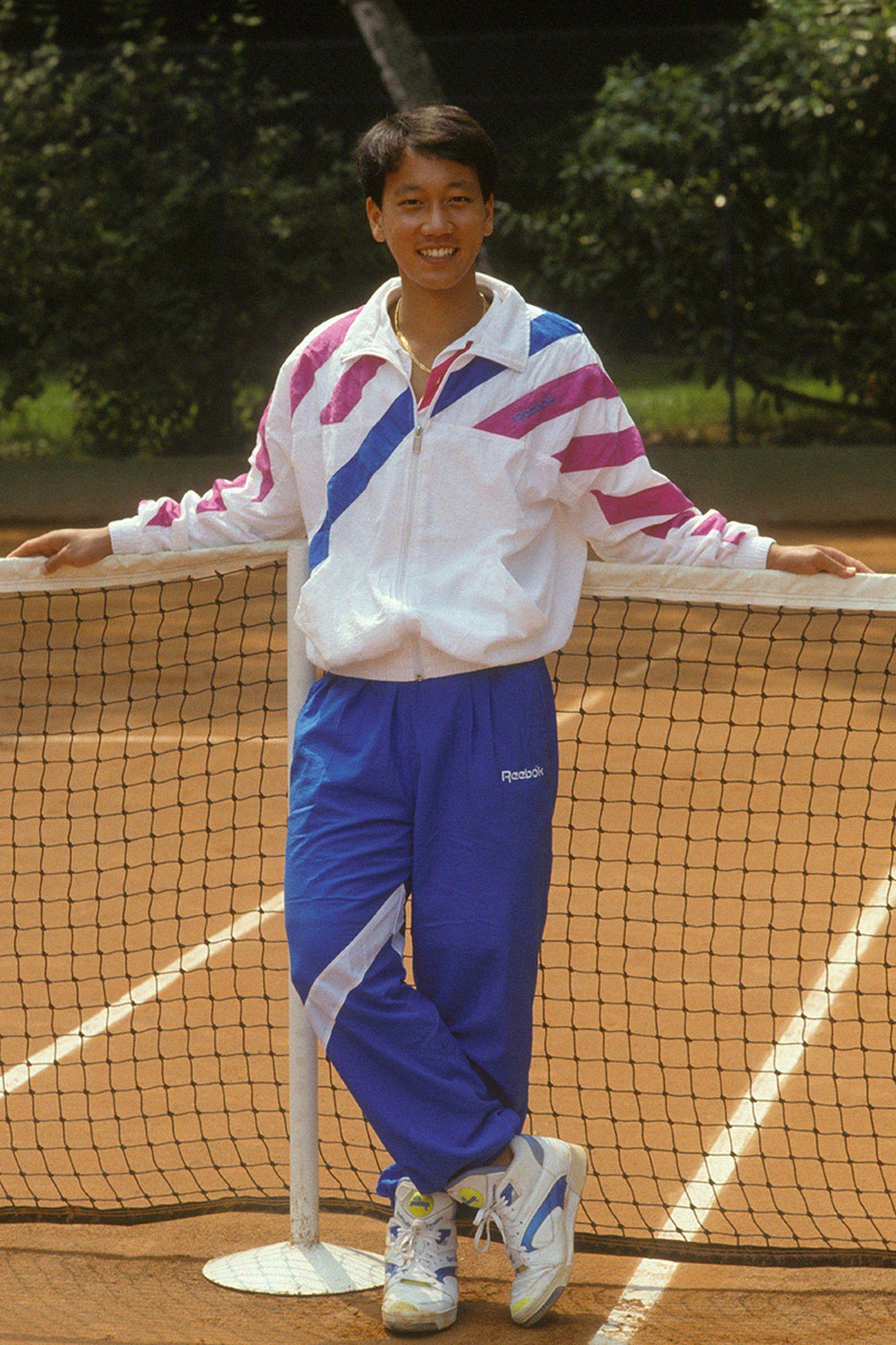 best-signature-tennis-shoes-09