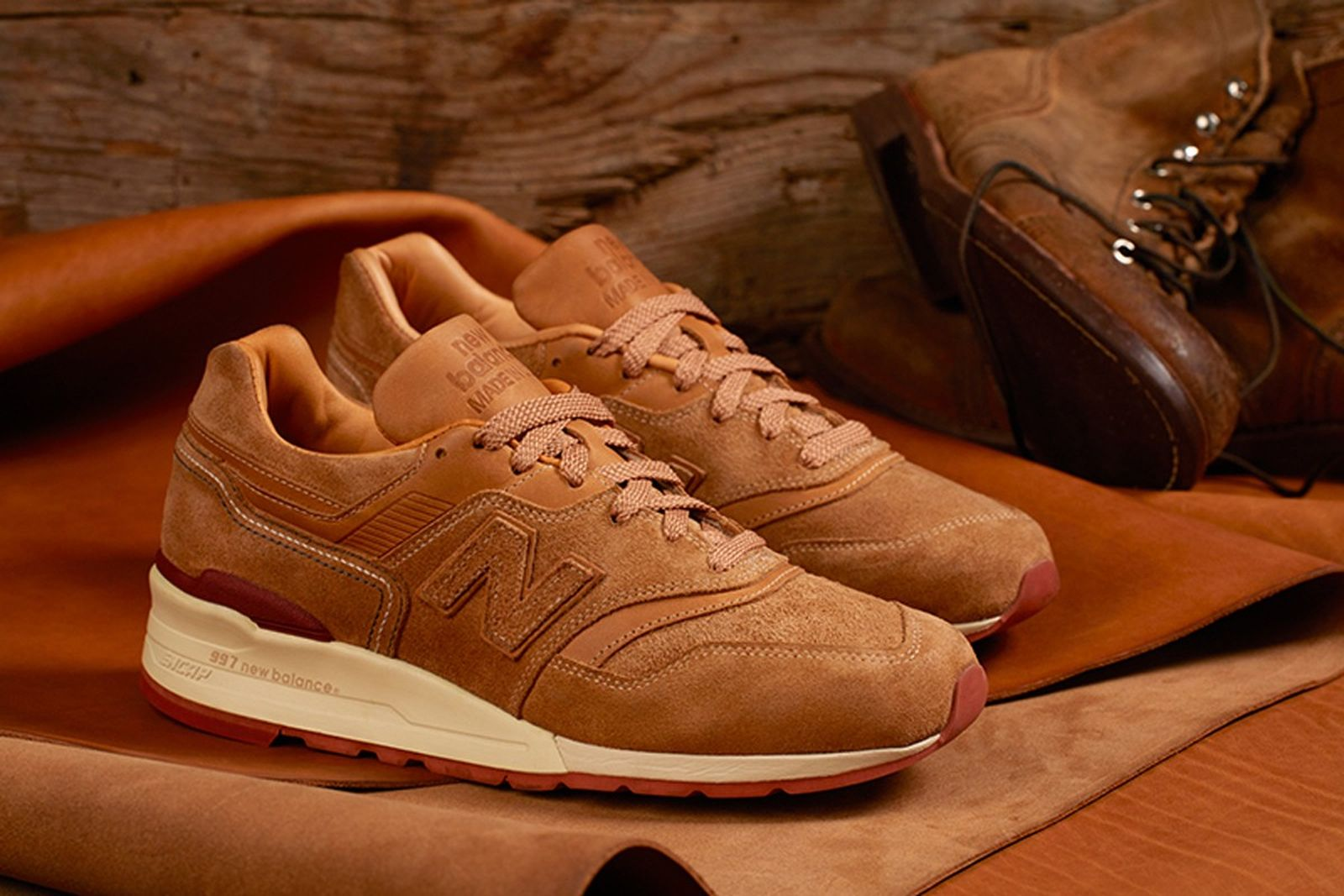 new-balance-red-wing-01