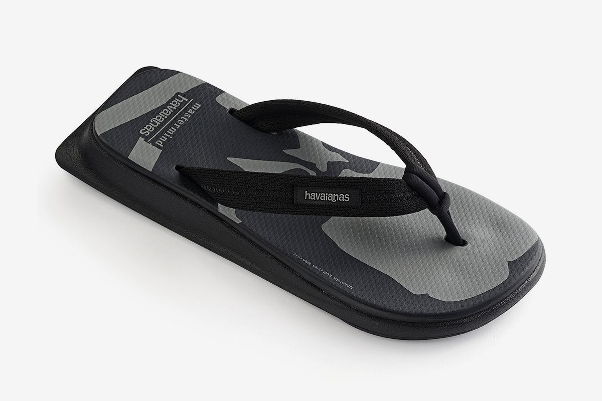 Mastermind x Havaianas' Collab Will Convert You to Flip Flops 18