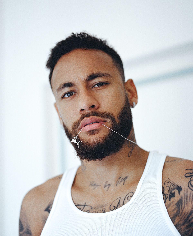 Neymar Jr: Footballer, King, Creative 16
