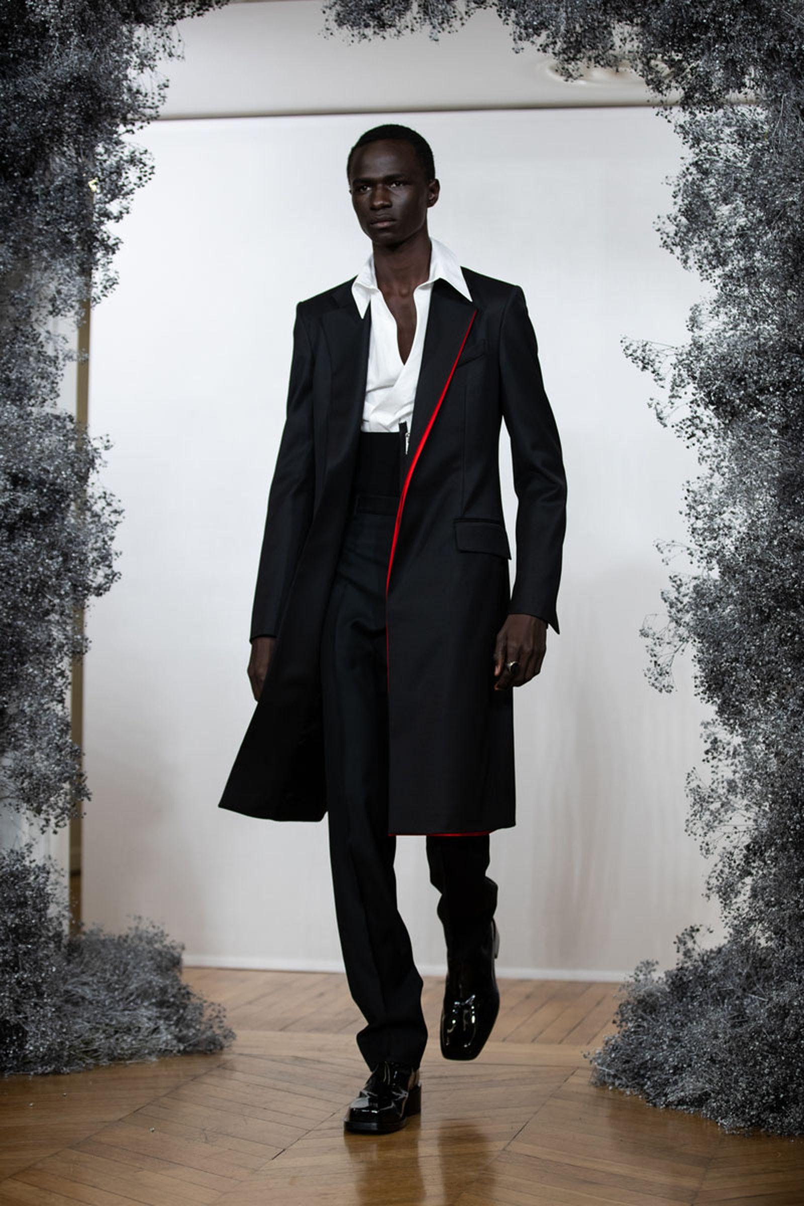 MFW20_Paris_Givenchy_Eva_Al_Desnudo_37