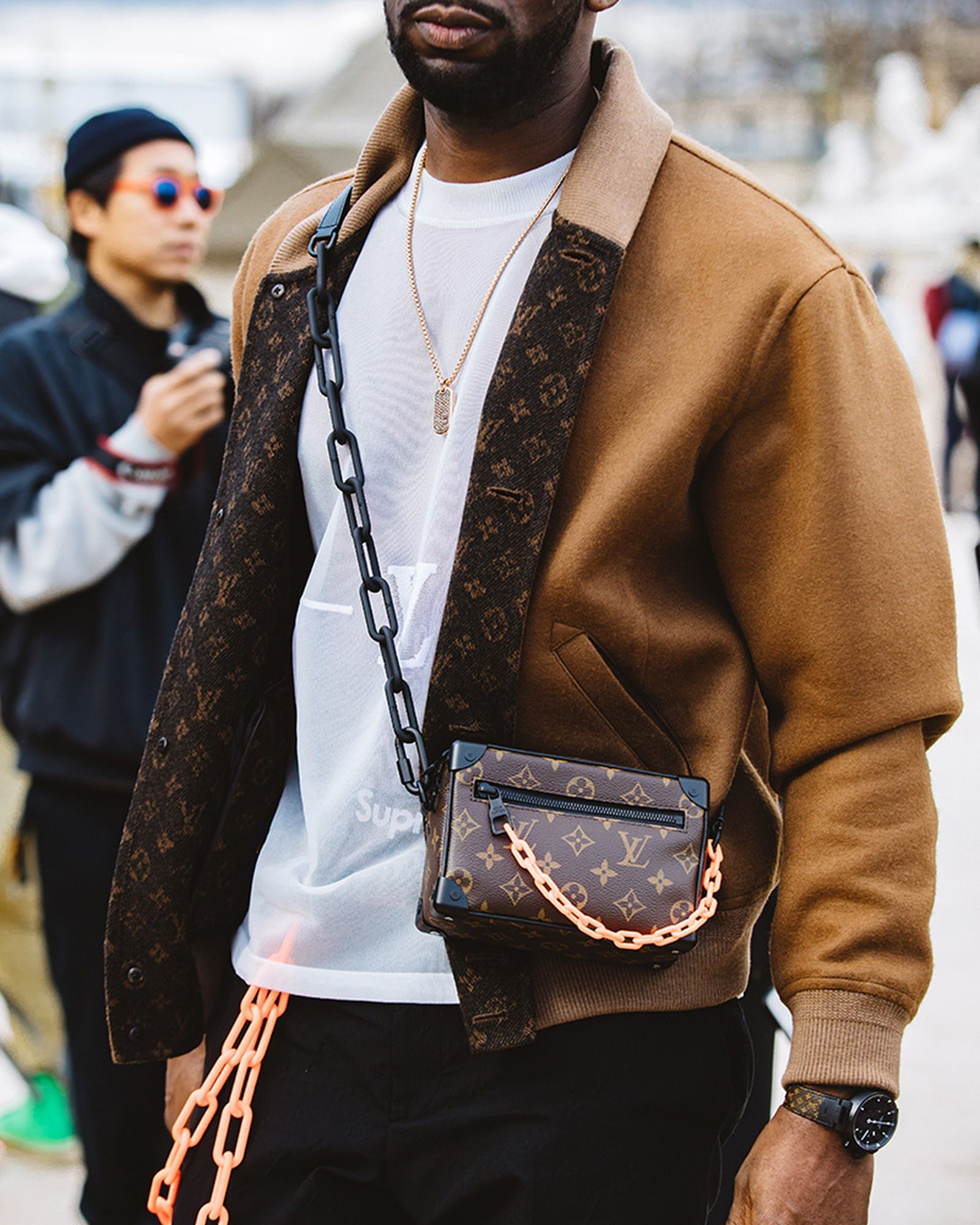 12_HISNO2_Case_Study_Louis_Vuitton_MFW19_Paris_StreetStyle_JulienTell_11