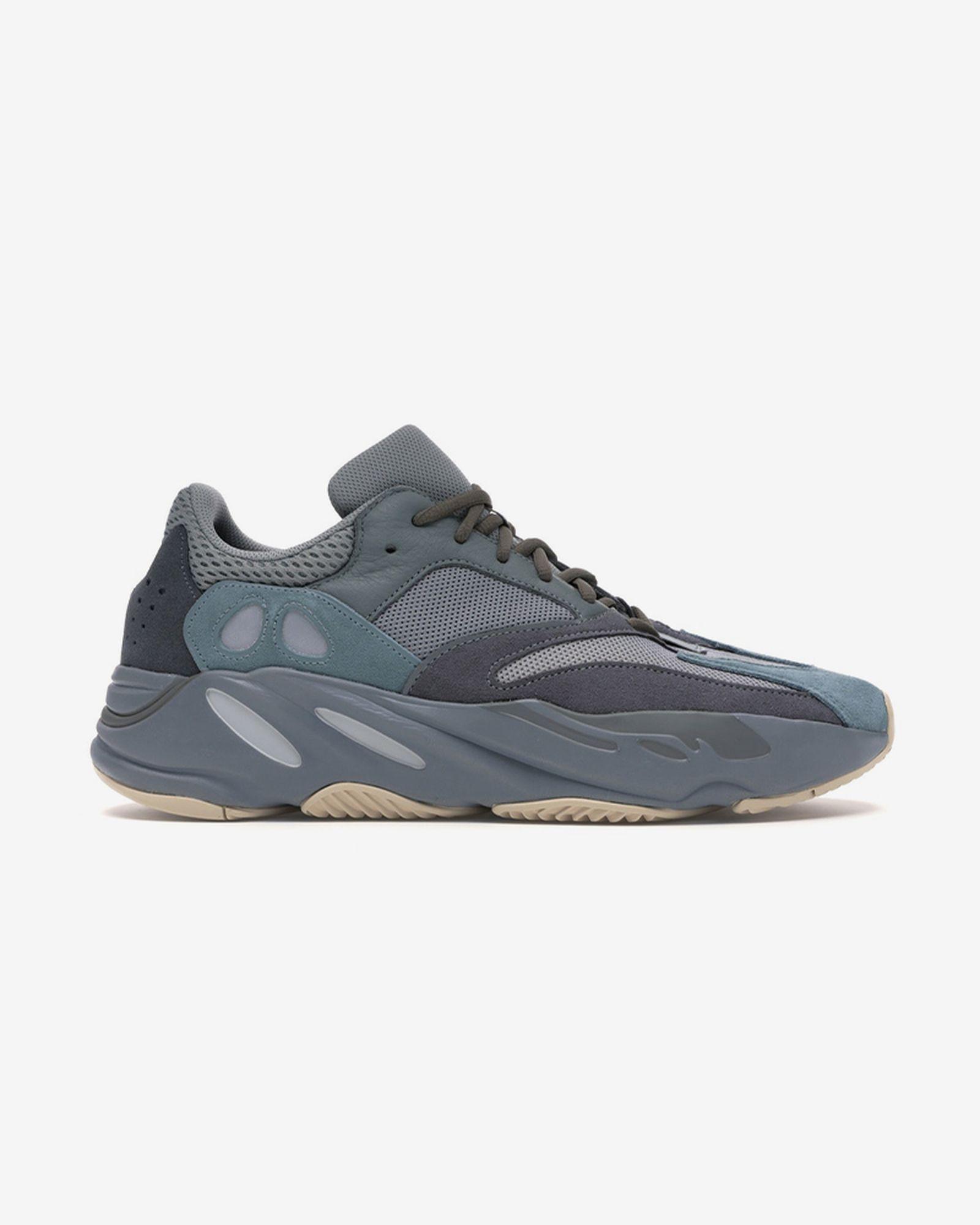 best-yeezy-sneakers-11