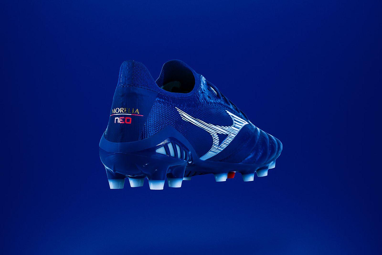 Mizuno Morelia Neo 3 blue kangaroo leather football boot product shot heel view