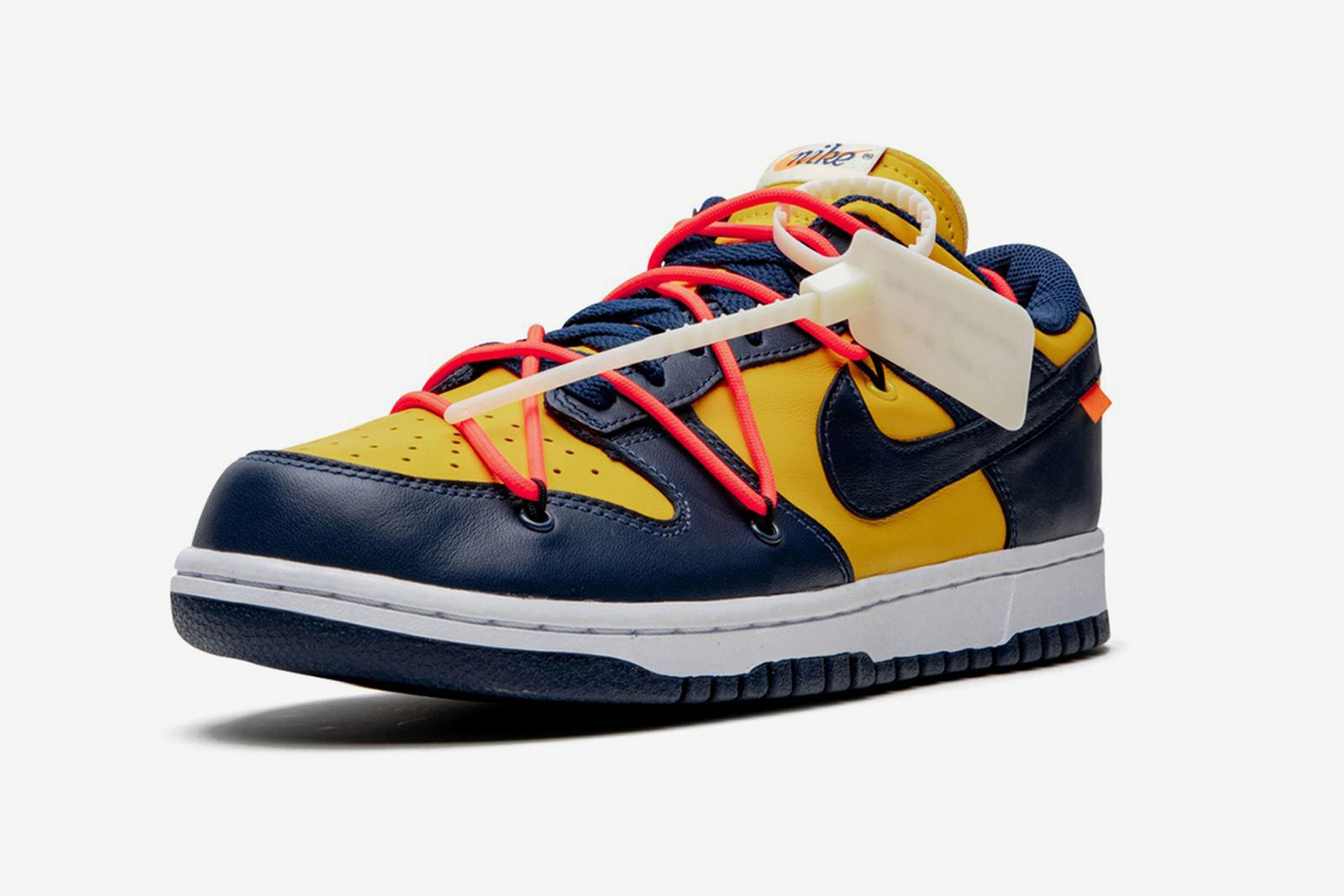 "Off-White™ x Nike Dunk Low ""University Gold"""