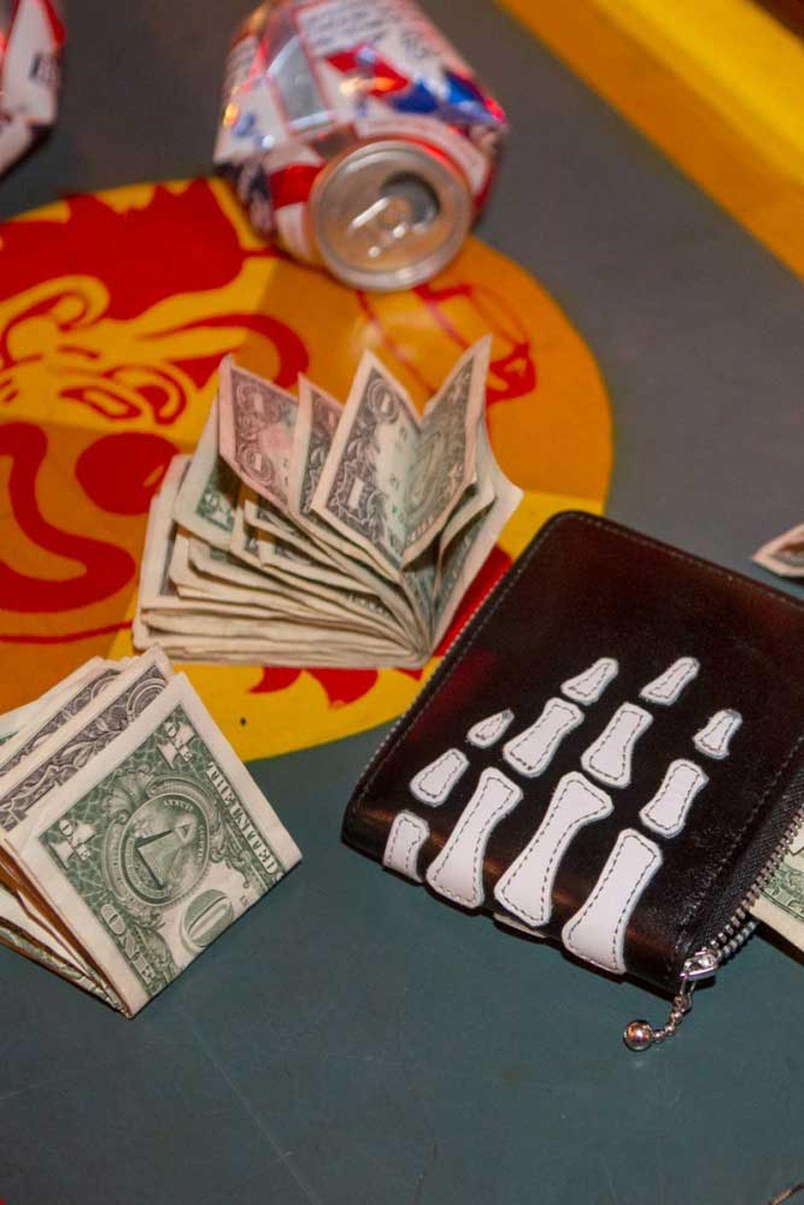 kapital kountry free tibet collection controversy (31)