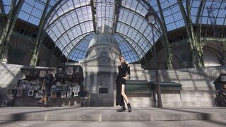 chanel haute couture runway show karl lagerfeld