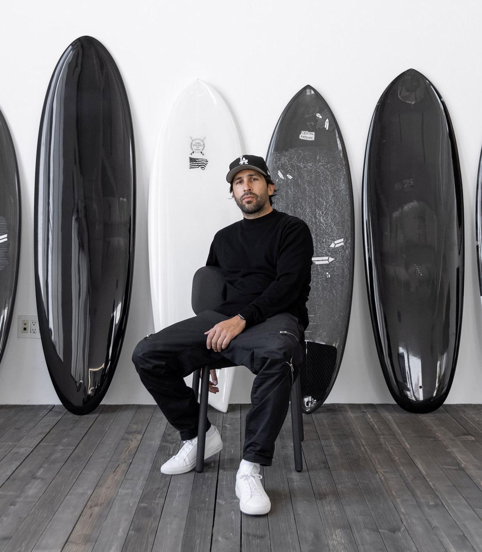 daniel-arsham-surfboard-01