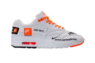 "official photos 2dc4c 492ee Heres How to Cop Nikes ""Just Do It"" Air Max 1"