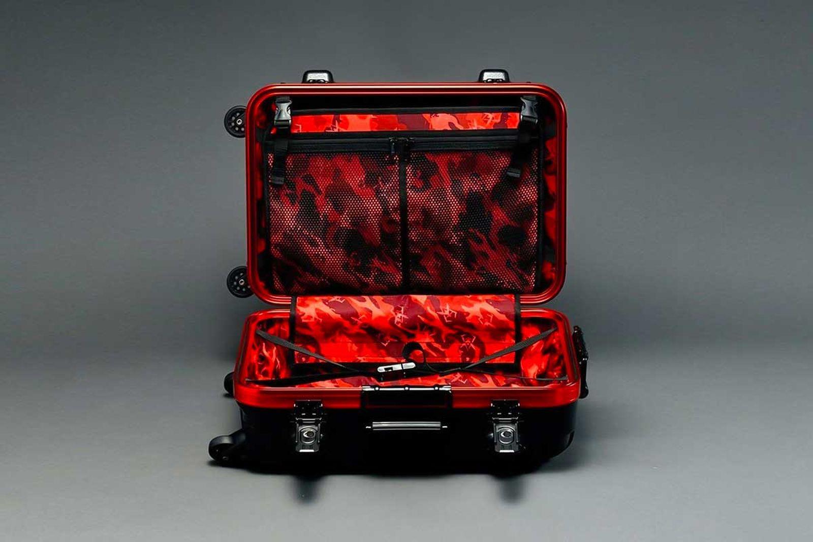 gundam-suitcase-8