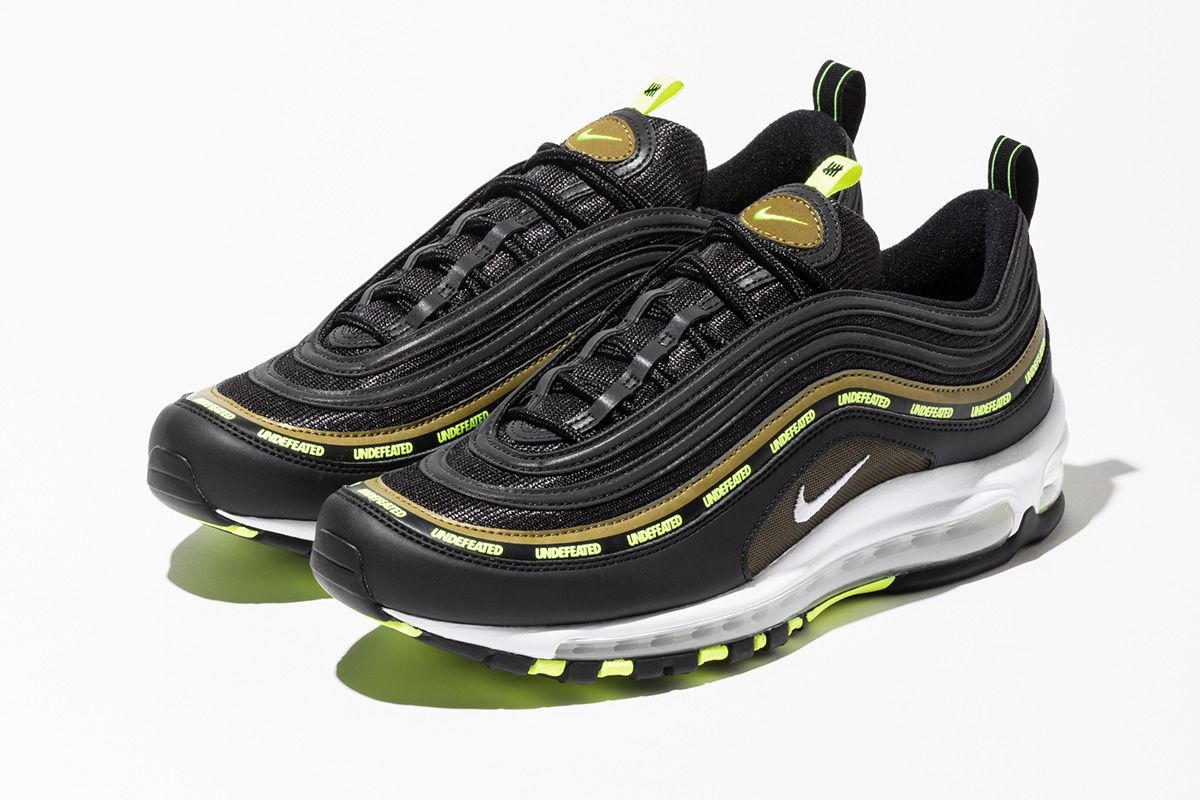 UNDEFEATED Is Re-Upping Two Fresh Colorways of Its Air Max 97 Collab 3