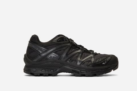 Limited Edition XT-Quest Low ADV Sneakers
