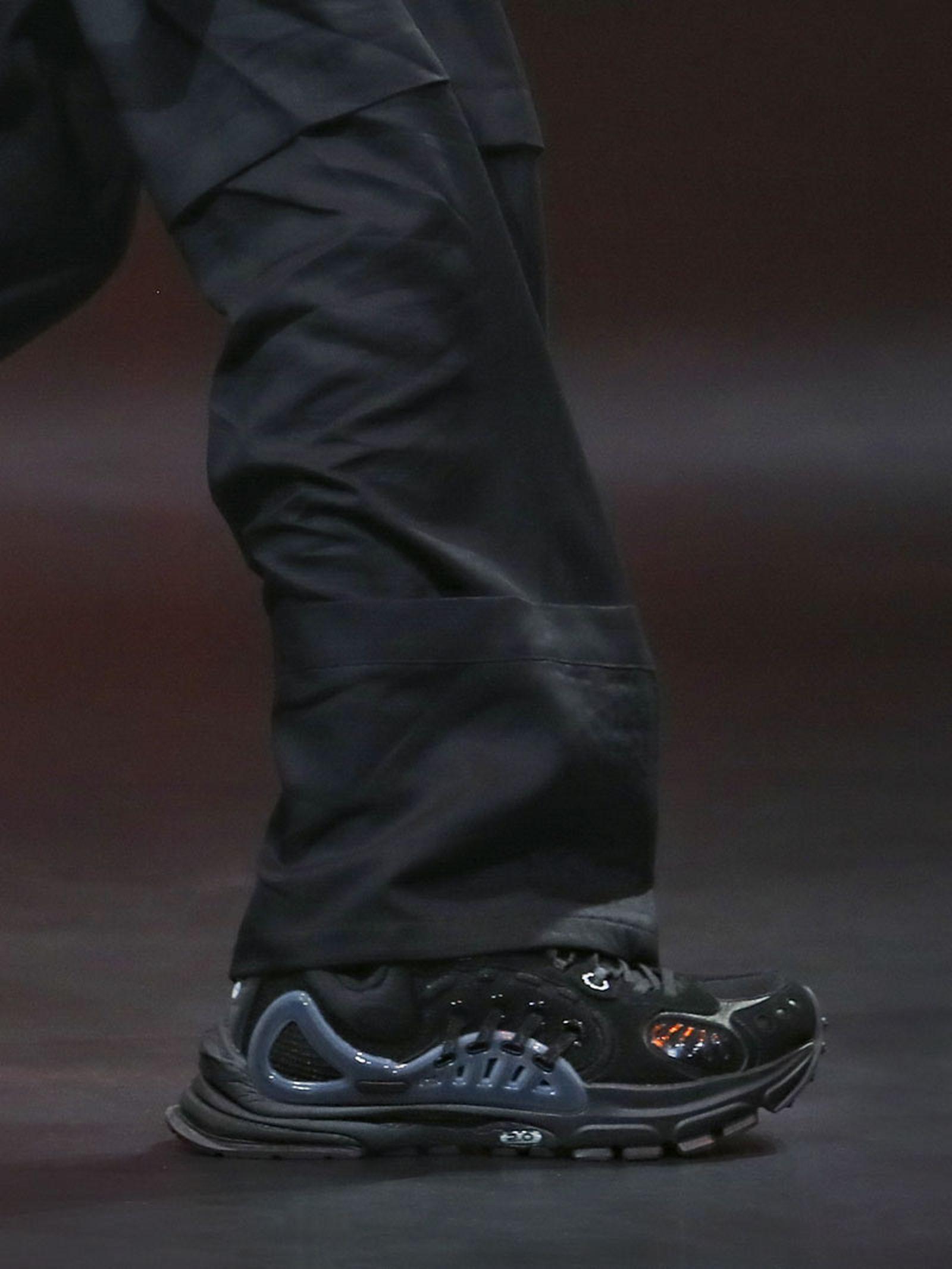 li-ning-ss21-footwear-collection-paris-fashion-week-012