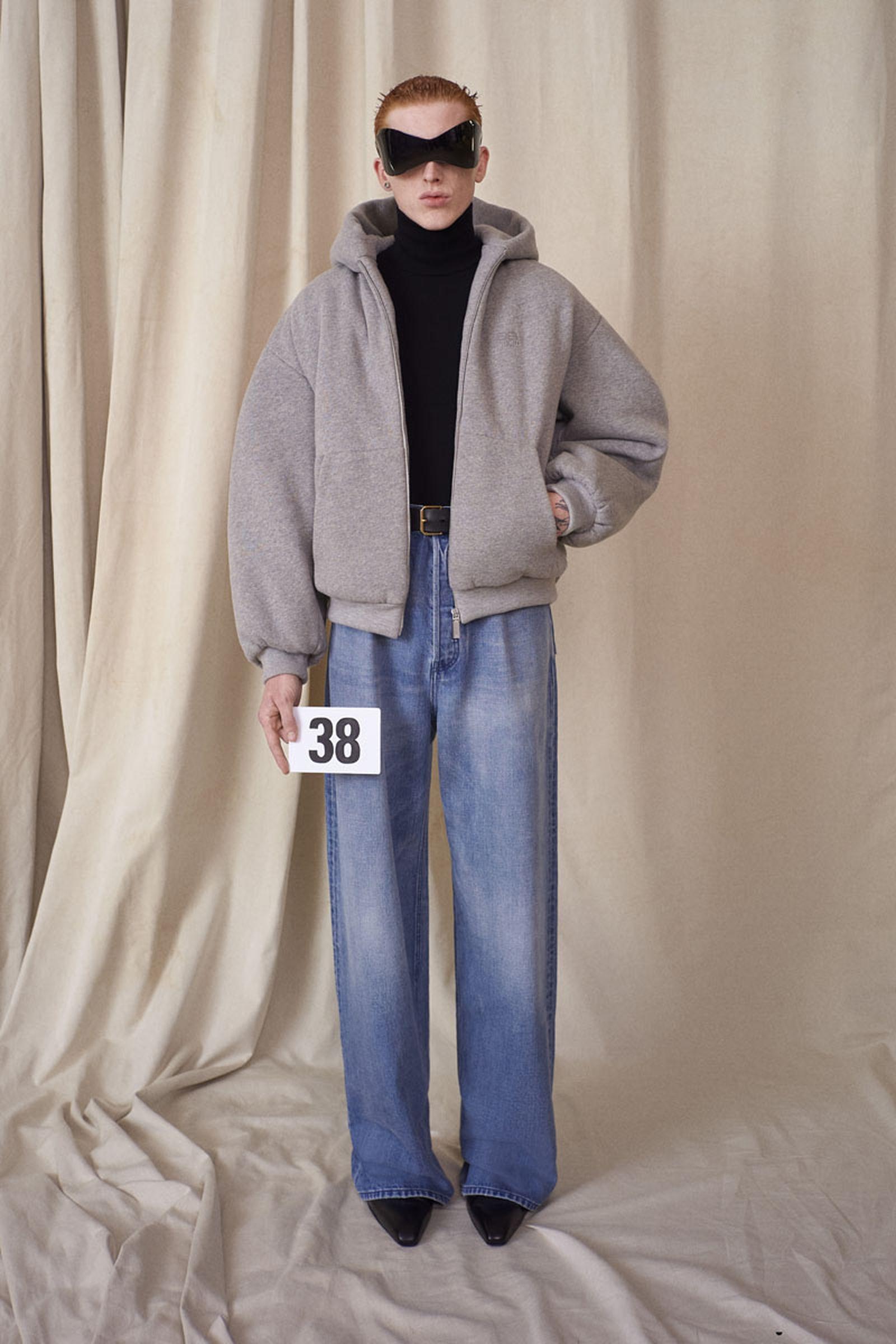 balenciaga-show-report-couture-32