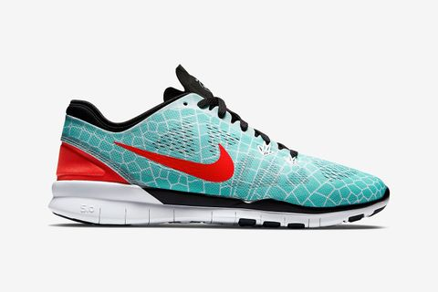 56bbe69220c13 As part of the Spring 2015 collection, Nike has released a new colorway of  the Free 5.0 TR Fit 5 Print N7. Inspired by the dragonfly, the brand's  seasonal ...