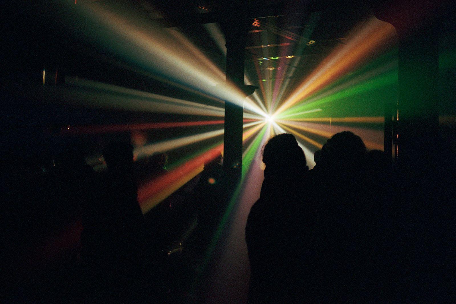 saatchi gallery rave culture exhibition