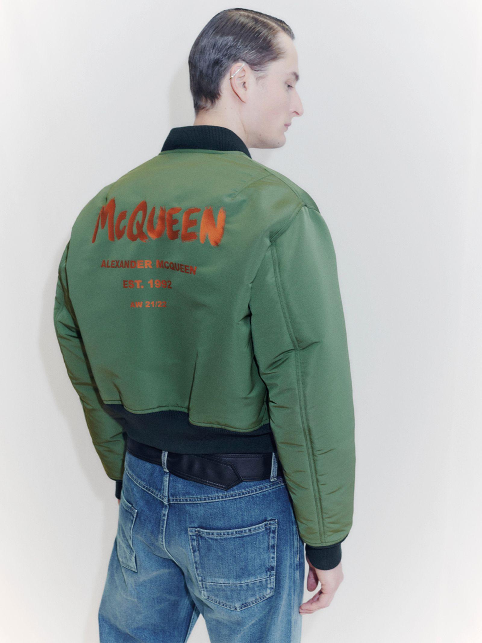 alexander-mcqueen-fall-winter-2021-collection- (5)
