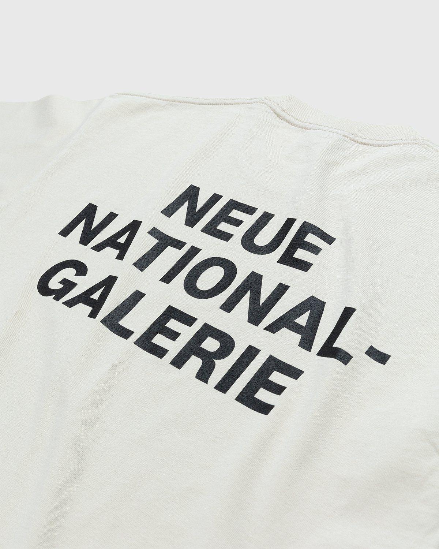 Highsnobiety x Neue National Galerie – T-Shirt Eggshell - Image 4
