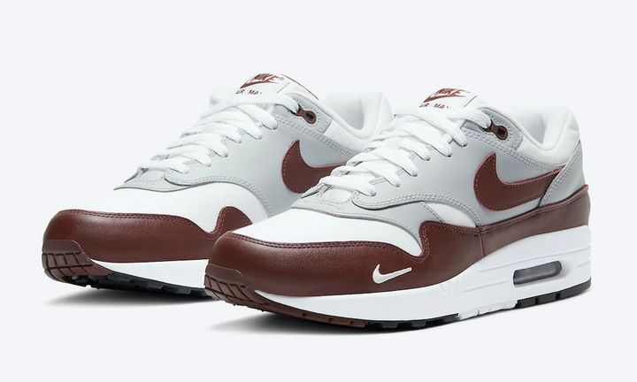 brown leather nike air max 1 product shot