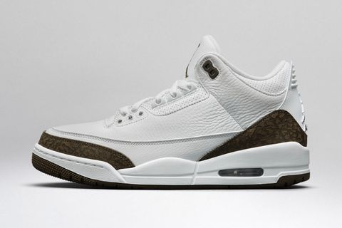 233a88b591a Air Jordan 3  A Beginner s Guide to Every Release